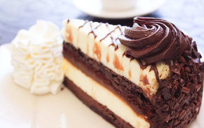 The 30th Anniversary Cheesecake Factory Dessert To Die For