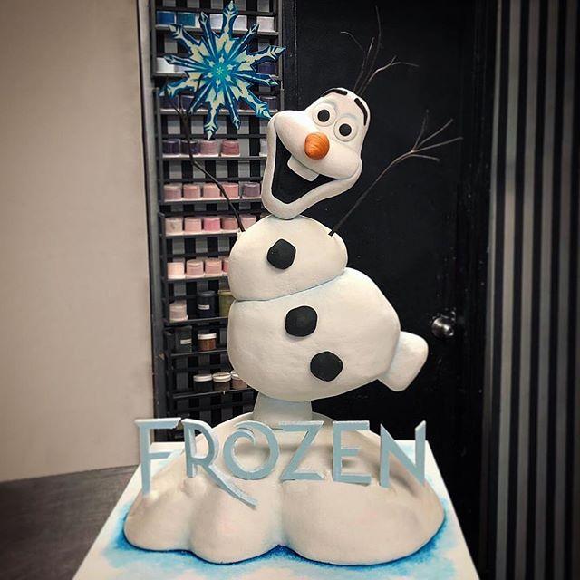 Frozen 3D Cake