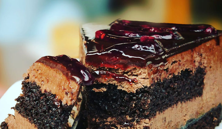 blueberries  cake chocoate